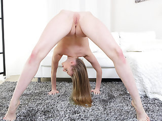 Skinny Nimfa A Real Flexi Contortion Teen - VirtualXPorn